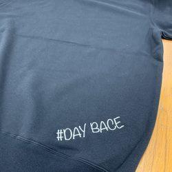 「DAY BACE」ブランドスウェットサムネイル