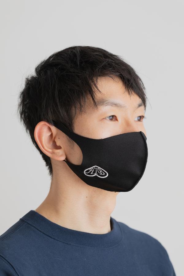 刺しゅうマスクの魅力とはサムネイル